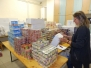 Élelmiszer csomag kiosztása